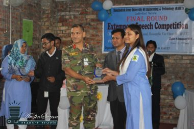 Rodoshi Rashid (6th batch) became second runner up in Extempore Speech Competition
